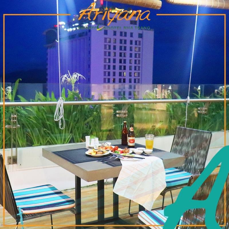 Công trình kiến trúc đậm chất phố biển, khách sạn Ariyana Smart Condotel Nha Trang.
