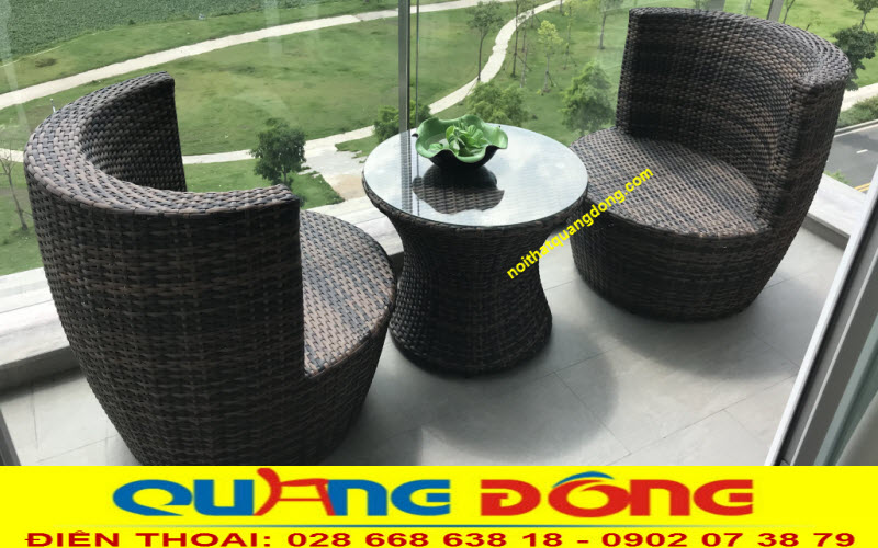 Bàn ghế ban công  từ mây nhựa mẫu QD-2075