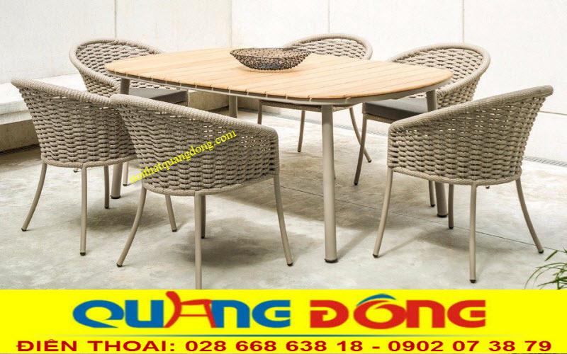 Bàn ghế giả mây cao cấp QD-312 màu vàng mây kết hợp bàn gỗ