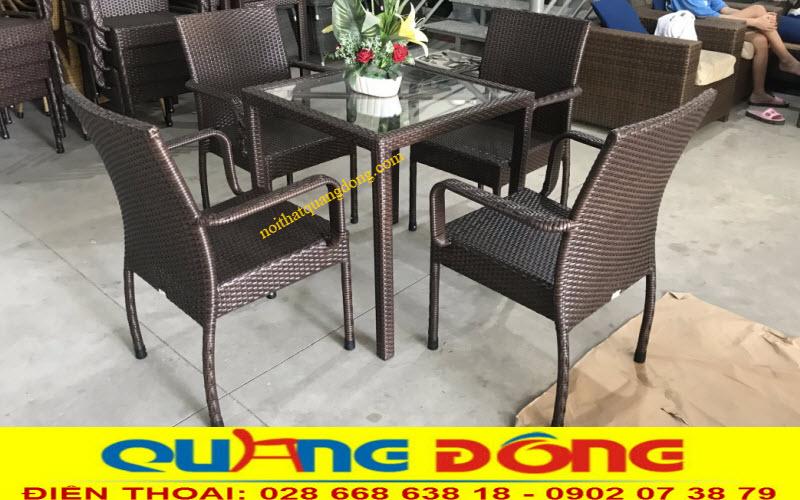Bàn ghế giả mây cafe đẹp, thiết kế đơn giản màu sắc  tự nhiên