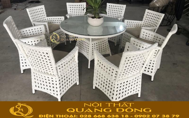 Mẫu bàn ăn cao cấp với set 8 ghế + 1 bàn