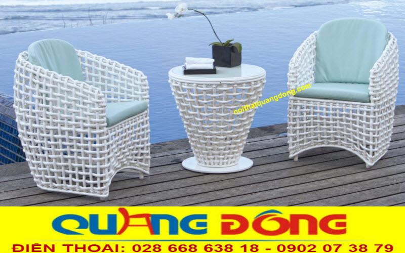 Phong cách tinh tế nhẹ nhàng cho bộ bàn ghế giả mây QD-365