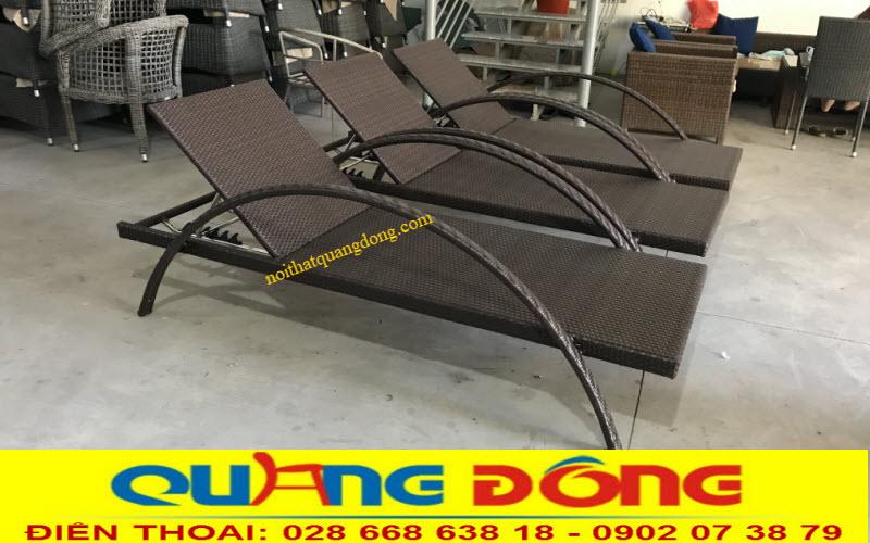 Mẫu ghế hồ bơi giả mây QD-1255 được ghi hình tại xưởng sản xuất Quang Đông
