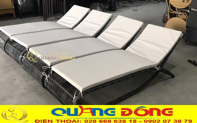 Mãu ghế hồ bơi QD-563 chuẩn bị xuất xưởng cho khách hàng của Quang Đông