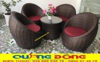 Sử dụng bàn ghế giả mây cho không gian cafe sân vườn liệu có hợp lý?